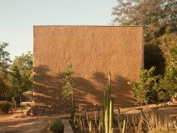 fachada sur, casa de barro, peñalolen